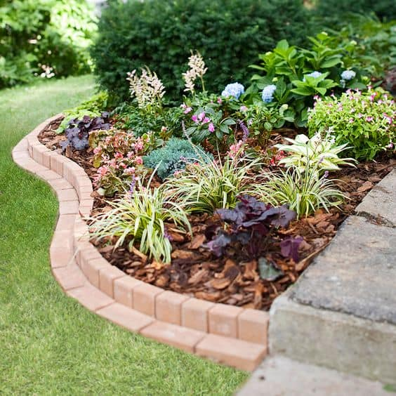 Curved Brick Flower Bed Border