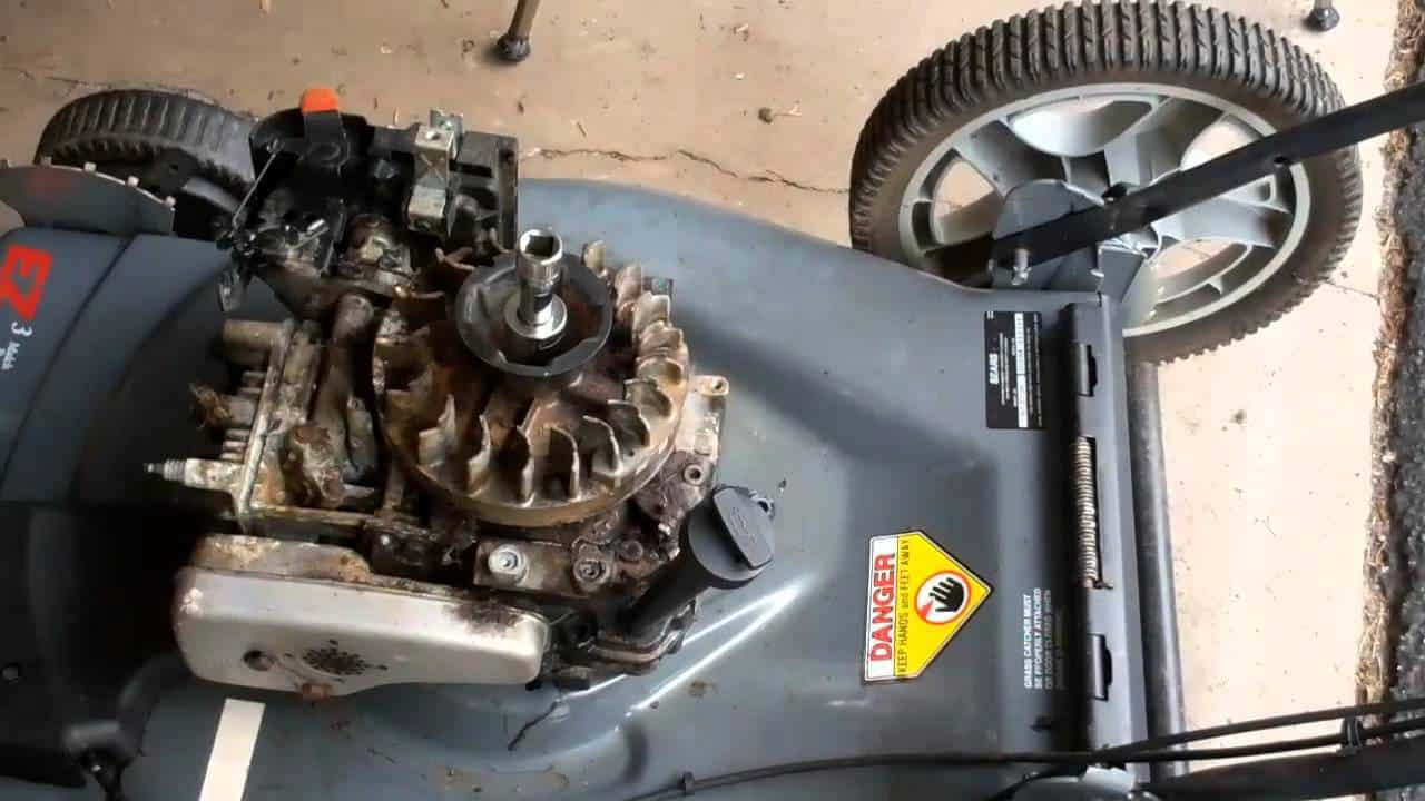 Important Facts of a Lawnmower Engine
