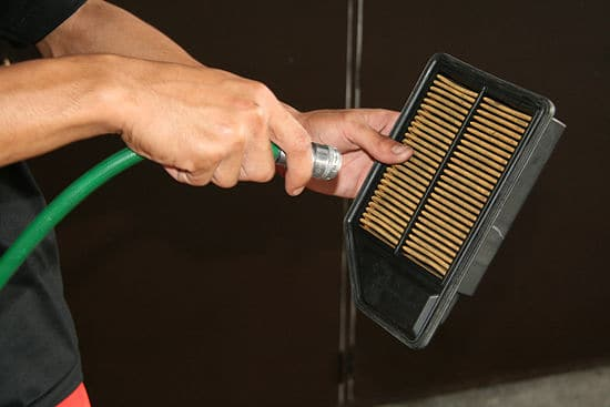 Cleaning-Carbon-Air-Filters