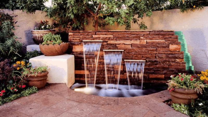 Contemporary Vibes- Outdoor Wall Fountain Ideas