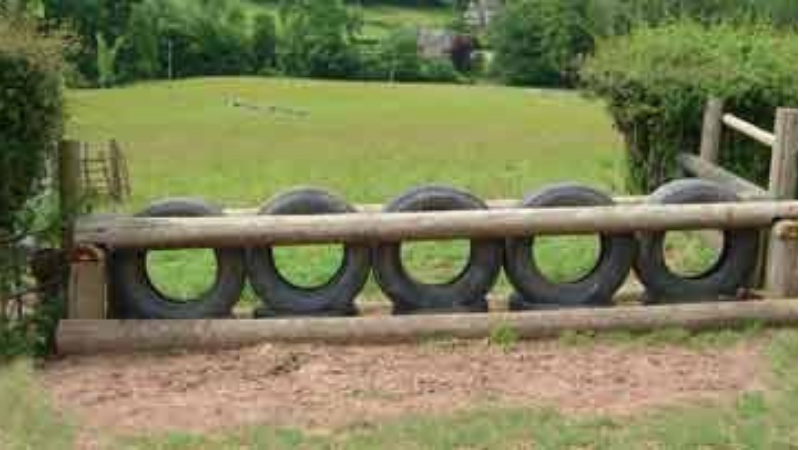 Tire Fence for garden Fencing