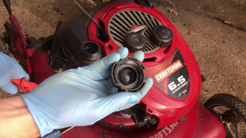 Why My Lawn Mower Stops Running After A While - Lawn Mower Faulty Gas Cap