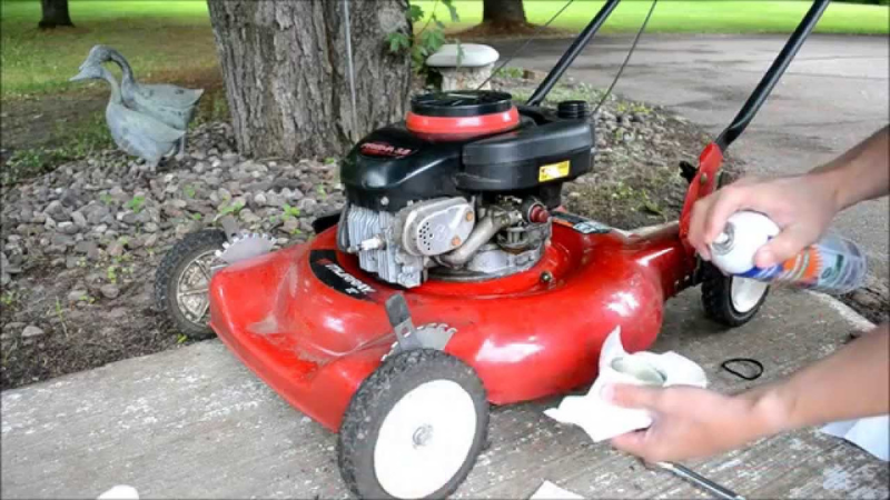 Why My Lawn Mower Stops Running After A While - Mower Running On Old Gasoline