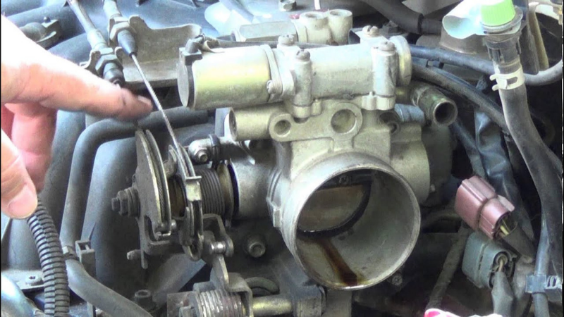 How To Remove A Stuck Throttle Cable?