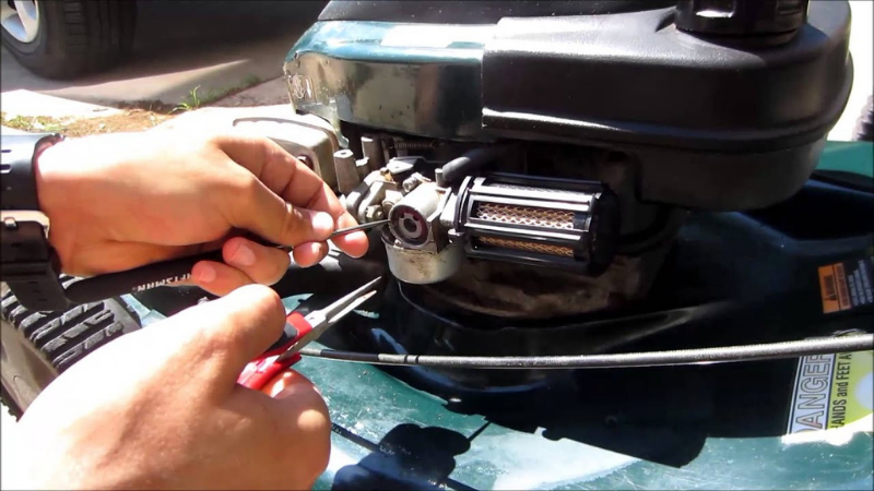 How To Replace A Craftsman Lawn Mower Primer Bulb?